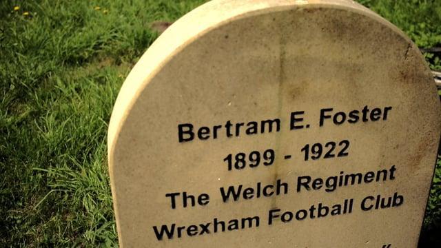 Stori Bertram E. Foster.